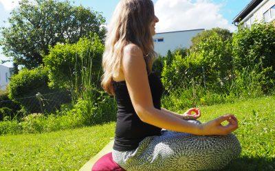 YoZi – der YogaZirbenPolster